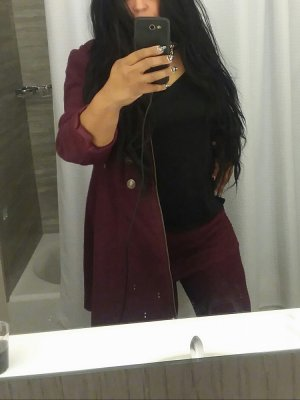 Amila escort girl in Middletown