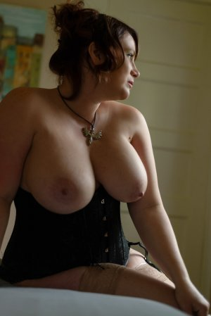 Caitline adult dating in Fraser Michigan & escort girls
